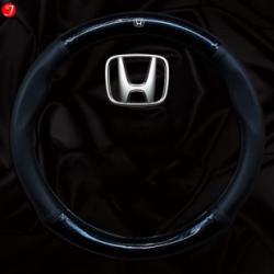 Bọc vô lăng ô tô Honda | Sợi cacbon da màu đen gắn logo (LOẠI 1)